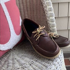 Sperry Top-Siders  Classic must have for summer!